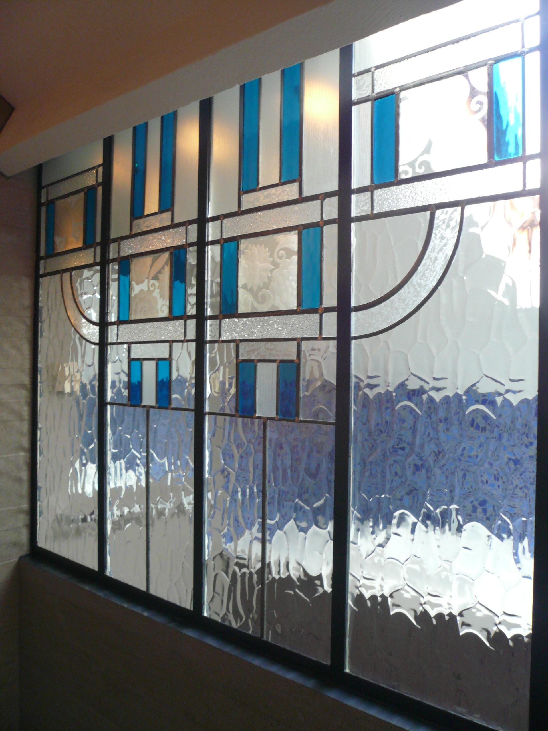 Mise au verre vitrail cr ation et restauration for Deco verriere interieure