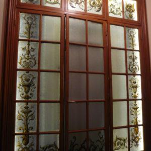 Restauration vitrail porte ascenseur
